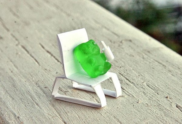 Gummy-Bear-Chiilin.jpg