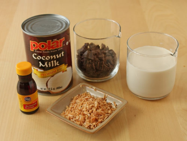 How to Make Almond Joy Hot Chocolate – Almond Milk Hot ...
