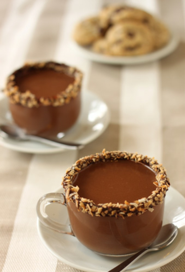 almond-joy-hot-chocolate