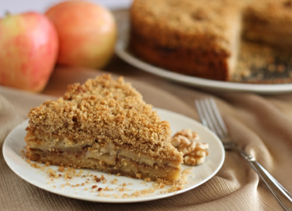Apple Crumb Cake Recipe For Rosh Hashanah Oh Nuts Blog
