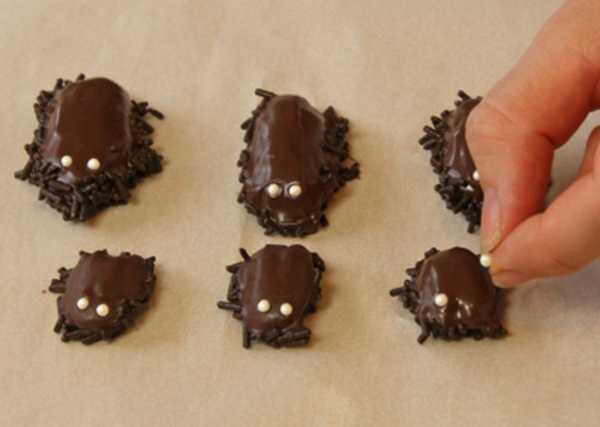 chocolate-cockroaches-recipe-7.jpg