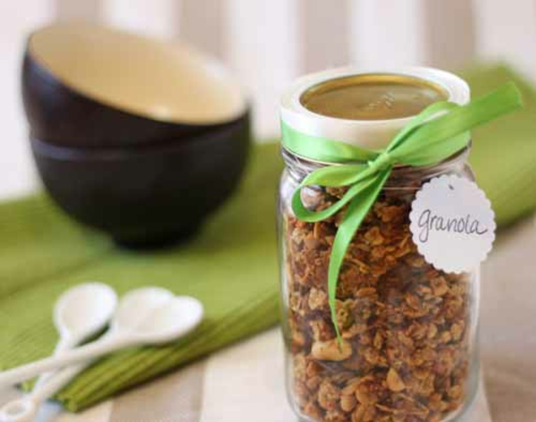 Chocolate-Peanut Butter Granola Recipe