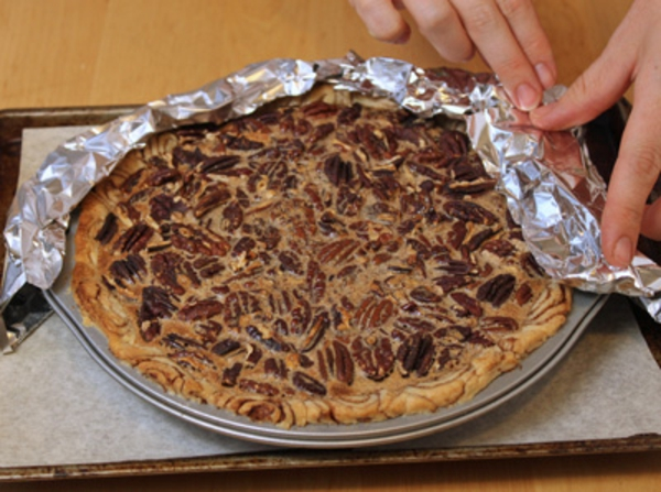 cinnamon-bun-pecan-pie-recipe-17.jpg
