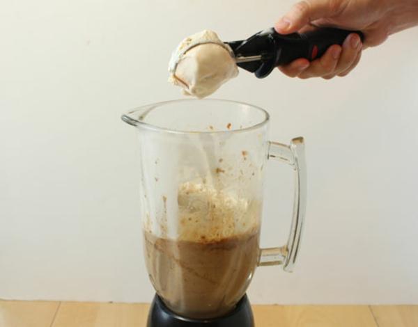 date-milkshake-recipe-8.jpg