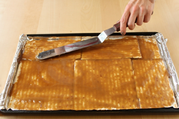 Matzo Toffee With Almonds Recipe — Dishmaps