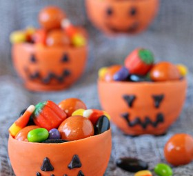 Edible Pumpkin Candy Chocolate Cups for Halloween