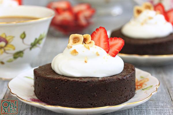 Flourless Chocolate Hazelnut Cakes Oh Nuts Blog