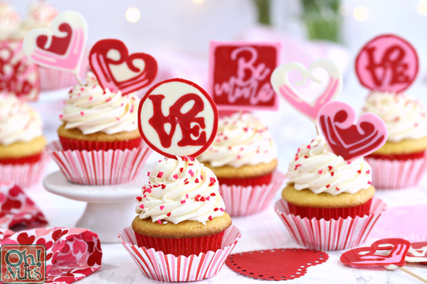 chocolate valentine's day cupcake toppers | oh nuts blog, Ideas