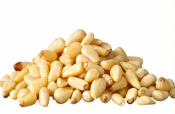 Healthiest Nuts to Go Nuts For