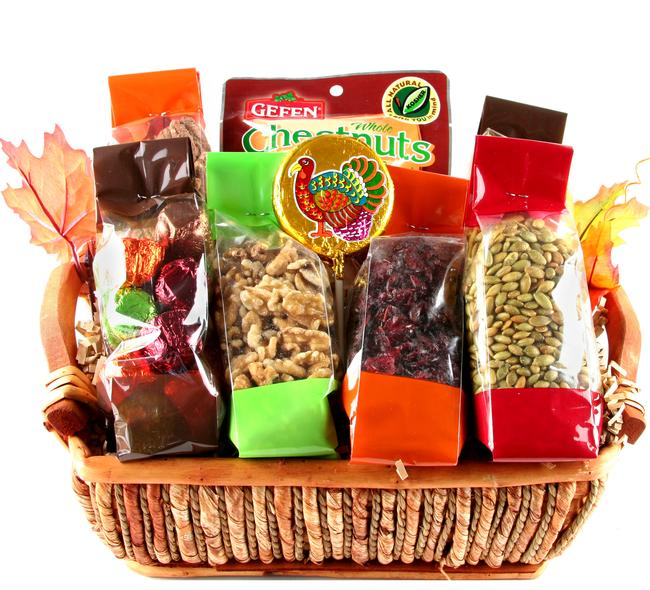 Thanksgiving wicker gift basket candy