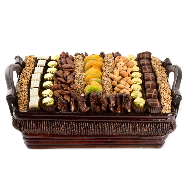 Fruit And Chocolate Gift Boxes : Large chocolate dried fruit and nut gift basket oh nuts?