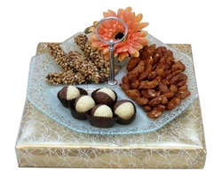 3 Section Glass Chocolate & Nut Combo - Israel Only