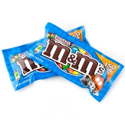 M&M Chocolate Pretzel - 24CT