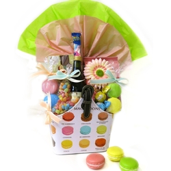 Magnificient Macarons Purim basket