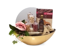 Purim Gold Empire Gift Basket - Israel Only