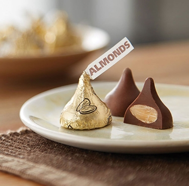 Gold Milk Chocolate Hershey's Kisses w/Almonds - 100-Pc. Bag