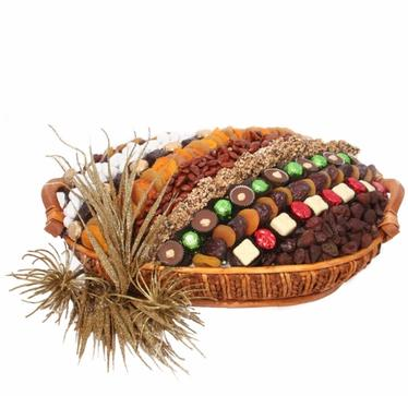 Holiday Chocolate & Dried Fruit Basket