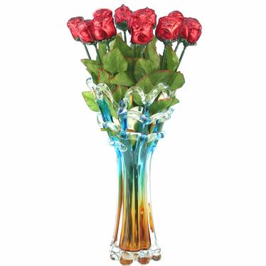Red Rose Bouquet Vase