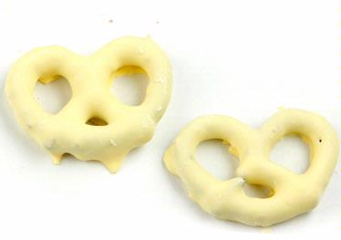 Lemon & Creme Yogurt Coated Pretzels