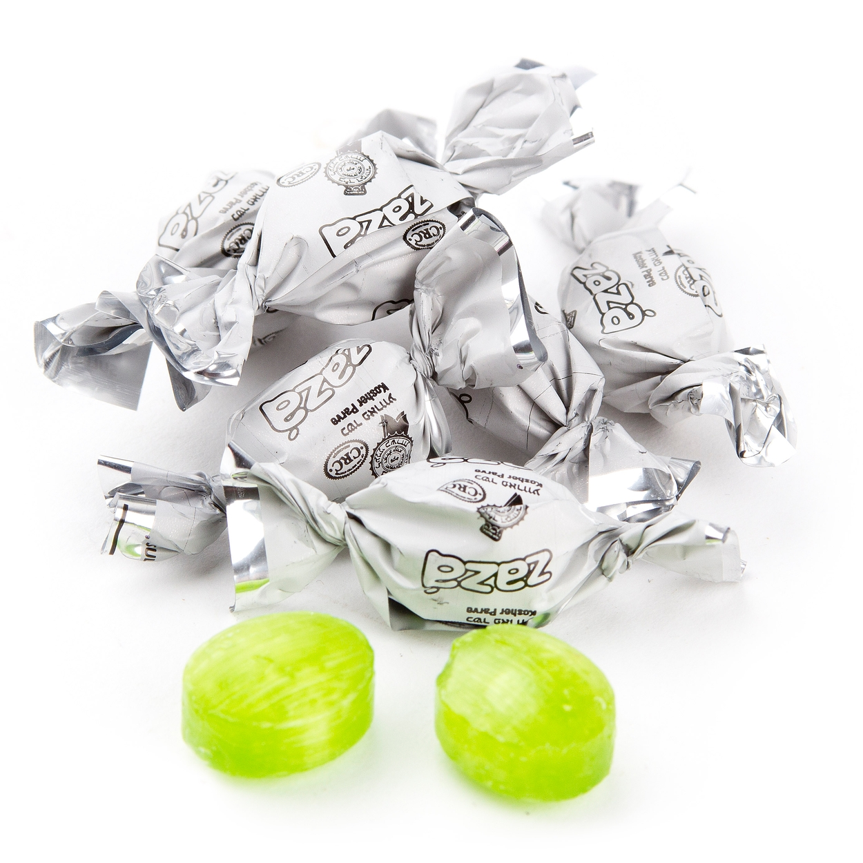 Zaza Mini White Foil Hard Candy - Green Apple • Wrapped Candy • Bulk ...