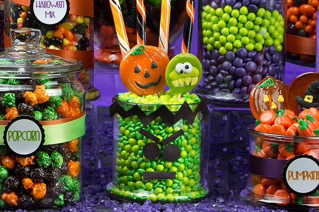 halloween candy buffet