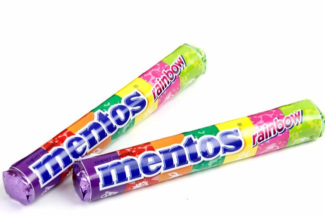 Mentos Rainbow Roll Mentos Rainbow Fruit Candy