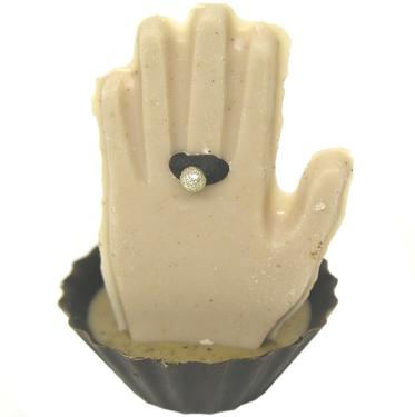Hand w Ring Chocolate Miniature