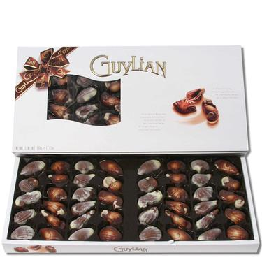 Chocolate Seashells Gift Box