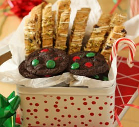 Christmas Cookie Recipes: Chocolate-Mint Cookies and Christmas Biscotti