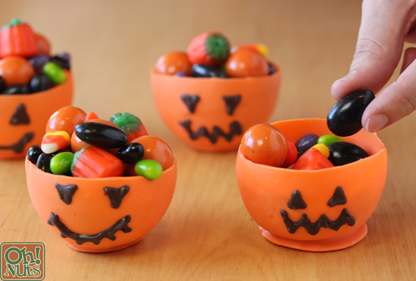 Pumpkin Candy Cups for Halloween | OhNuts.com