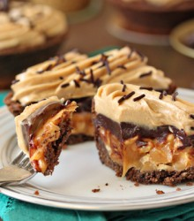 This Insane Candy Bar Pie Recipe Will Make You Drool