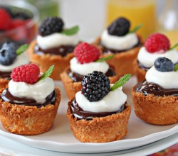 Coconut Macaroon Tarts for Passover – Gluten Free Recipe