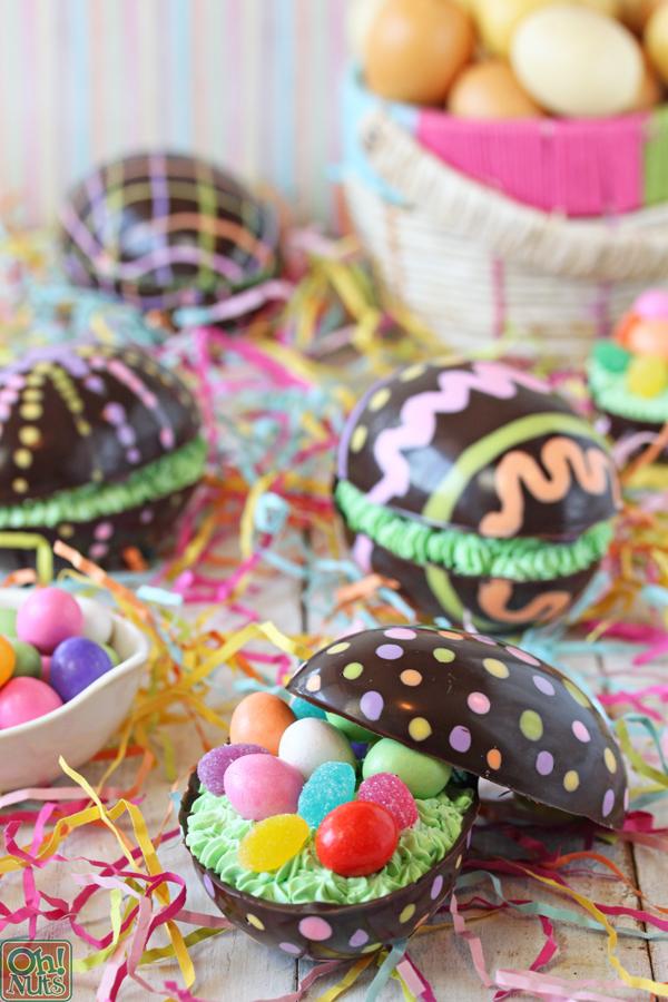 Ovos De Páscoa De Chocolate Cheio De Brownie