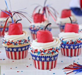 Firecracker Cupcakes for the Fourth of July