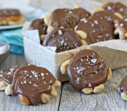 Cashew Caramel Chocolate Turtle Clusters